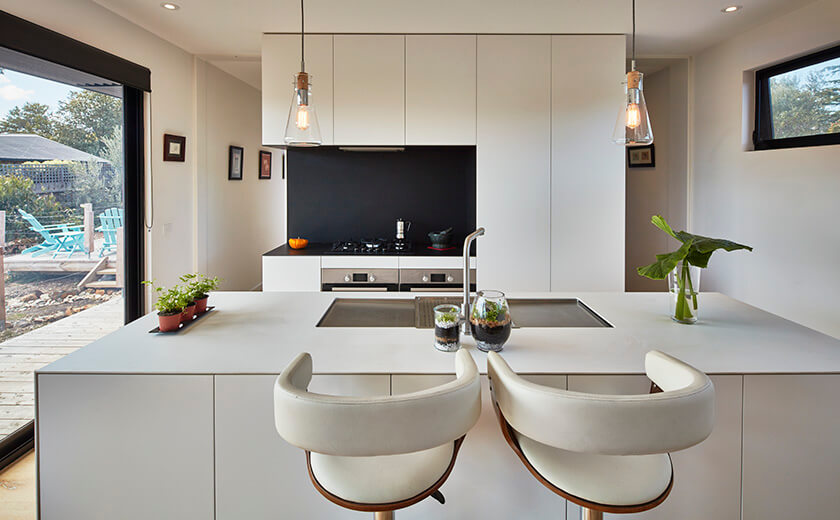 Kitchen islands in eco homes