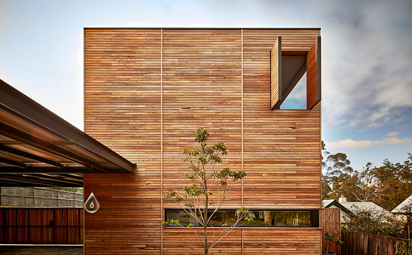 Using silvertop ash timber in sustainable house design