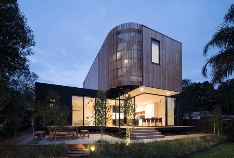 Invanhoe unique two story modular extension